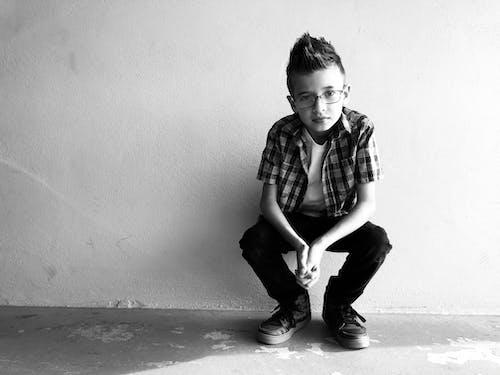 Ingyenes stockfotó aranyos, divat, fekete-fehér, fiatal témában