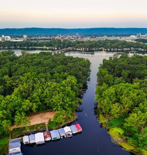 가을, 강, 건축의 무료 스톡 사진