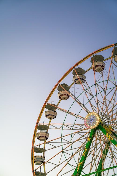 Photos gratuites de amusement, arrondir, carnaval
