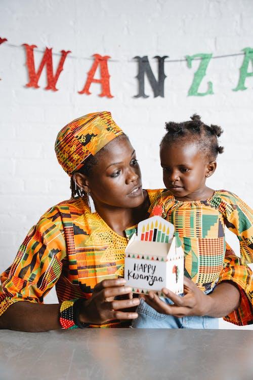 Darmowe zdjęcie z galerii z afroamerykanin, córka, dziecko