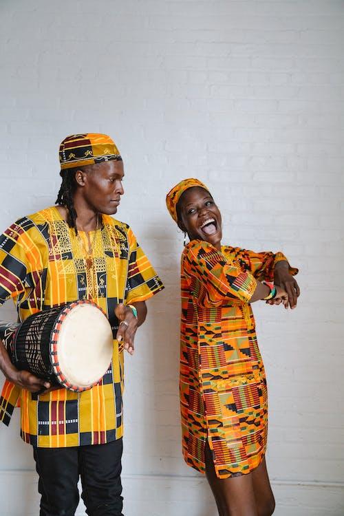 Безкоштовне стокове фото на тему «kwanzaa, африканська жінка, Африканський чоловік»