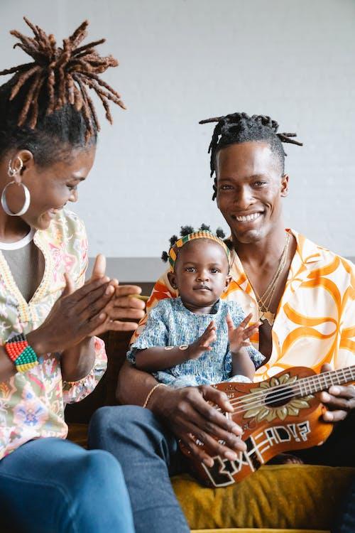 가족, 딸, 미소 짓는의 무료 스톡 사진