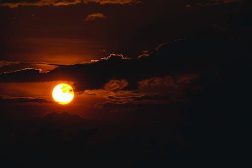 Gratis lagerfoto af aften, bagbelyst, flamme