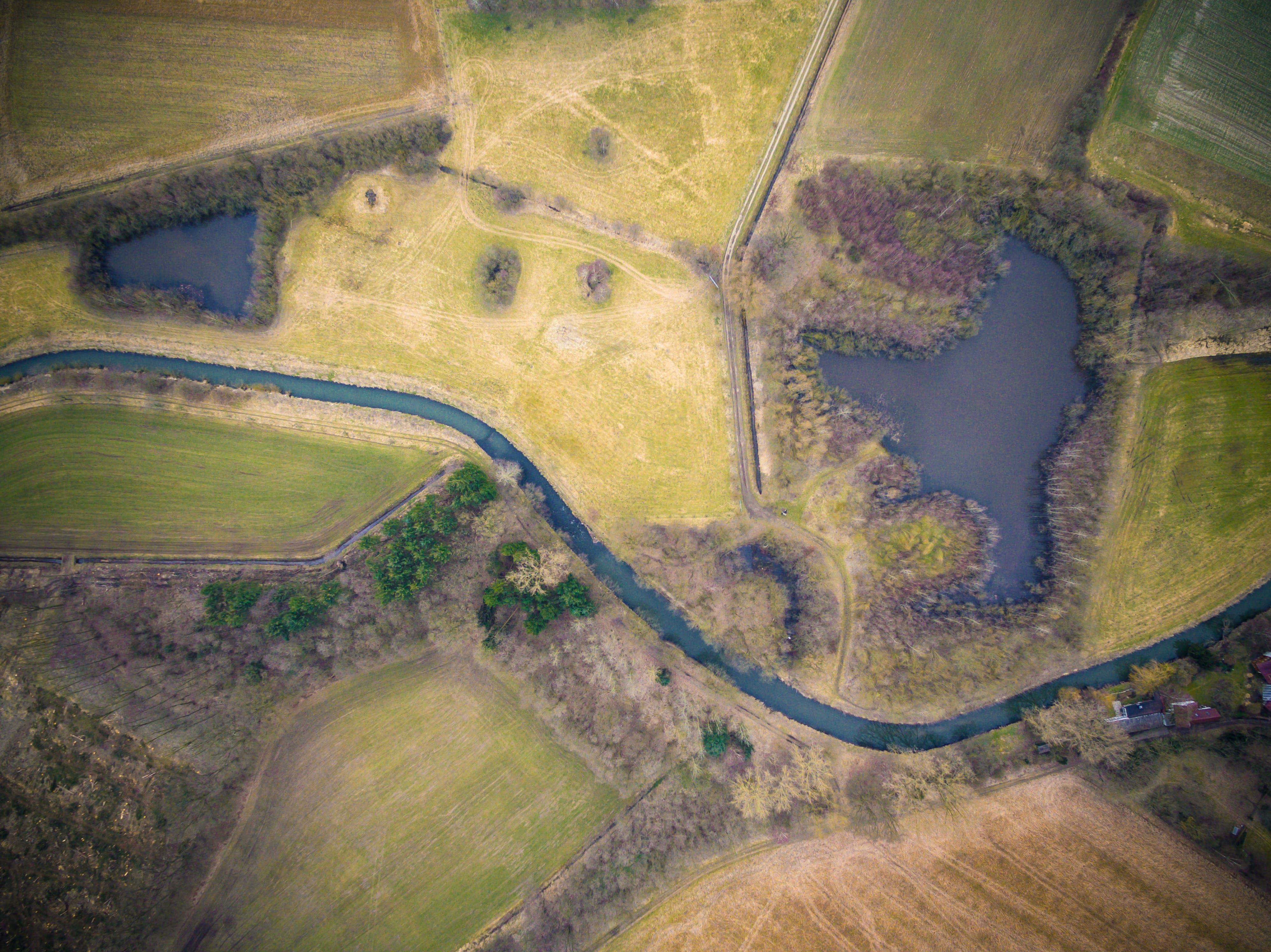 Základová fotografie zdarma na téma dron, hřiště, krajina, letecký pohled