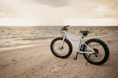 Kostenloses Stock Foto zu abenteuer, fahrrad, ferien