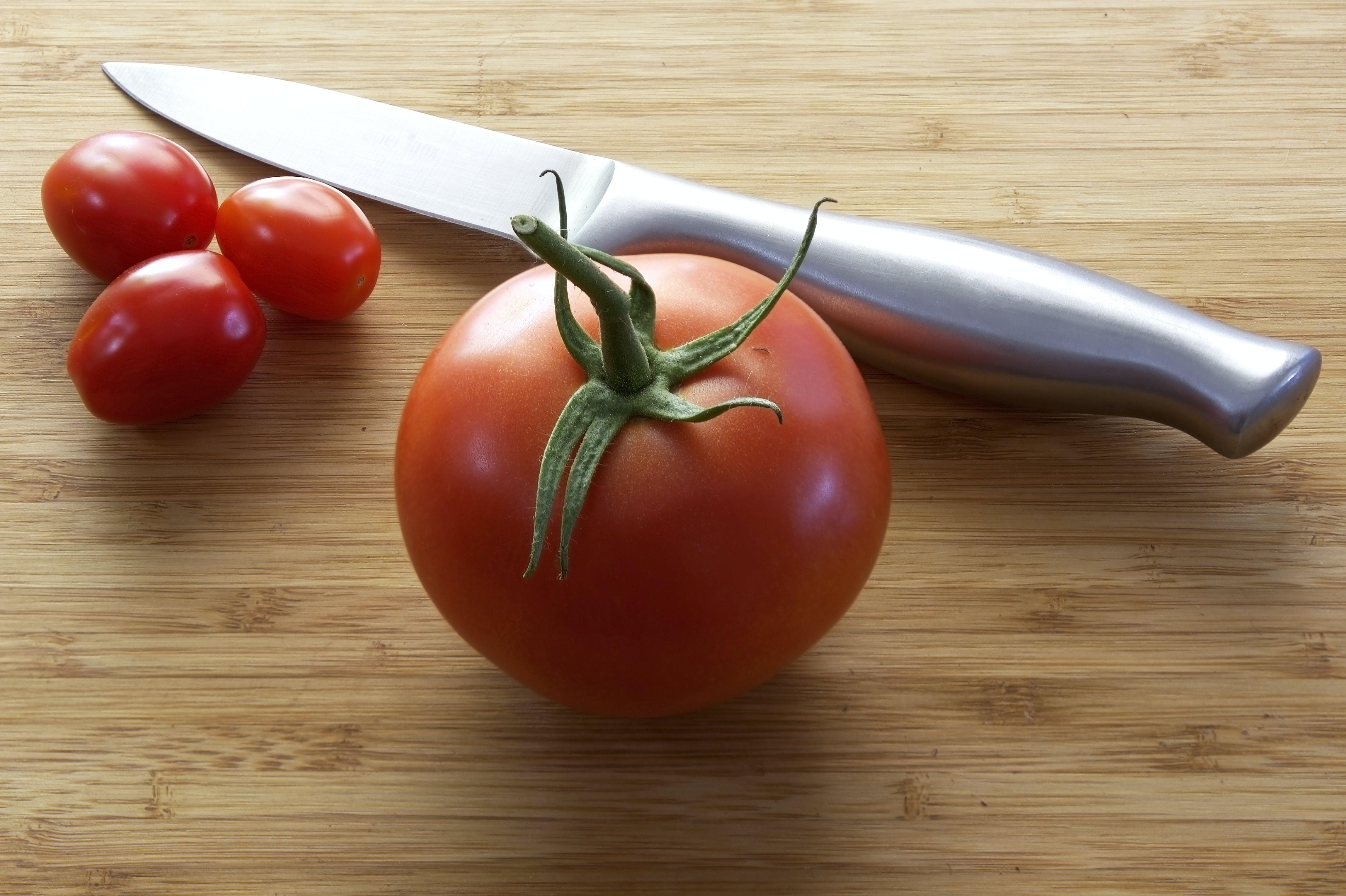 Tomatoes Near Knife