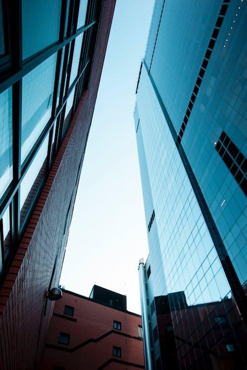 Gratis lagerfoto af arkitektur, bygninger, downtown, glas