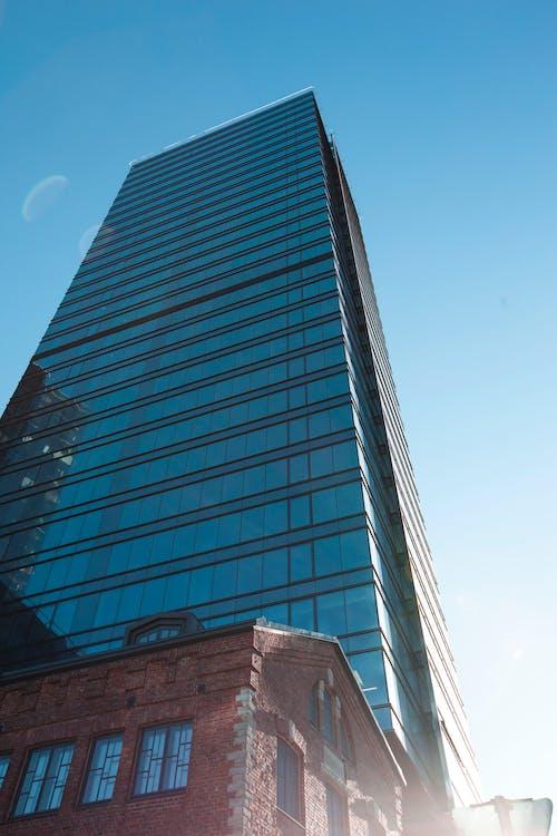 Fotobanka sbezplatnými fotkami na tému deň, mesto, moderná budova, moderný