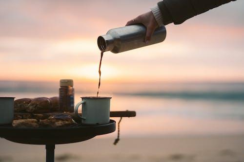 Gratis arkivbilde med bølger, brygget kaffe, bryte bølger