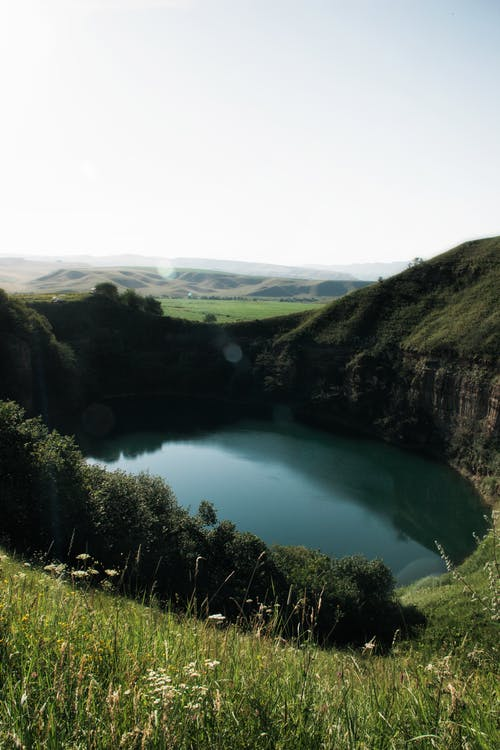 Fotobanka sbezplatnými fotkami na tému hory, jazero, malebný