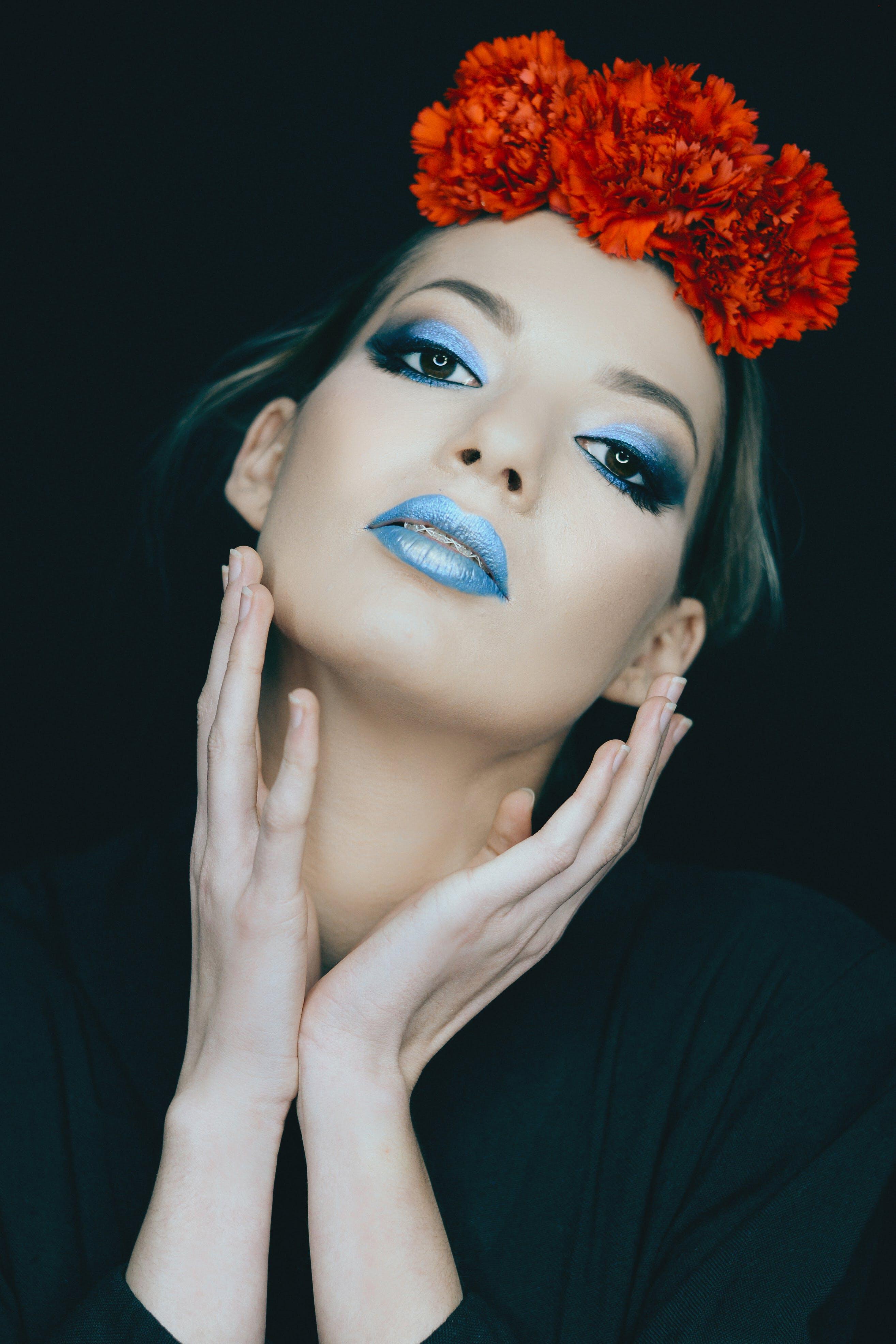 Immagine gratuita di adulto, azzurro, donna, fiori