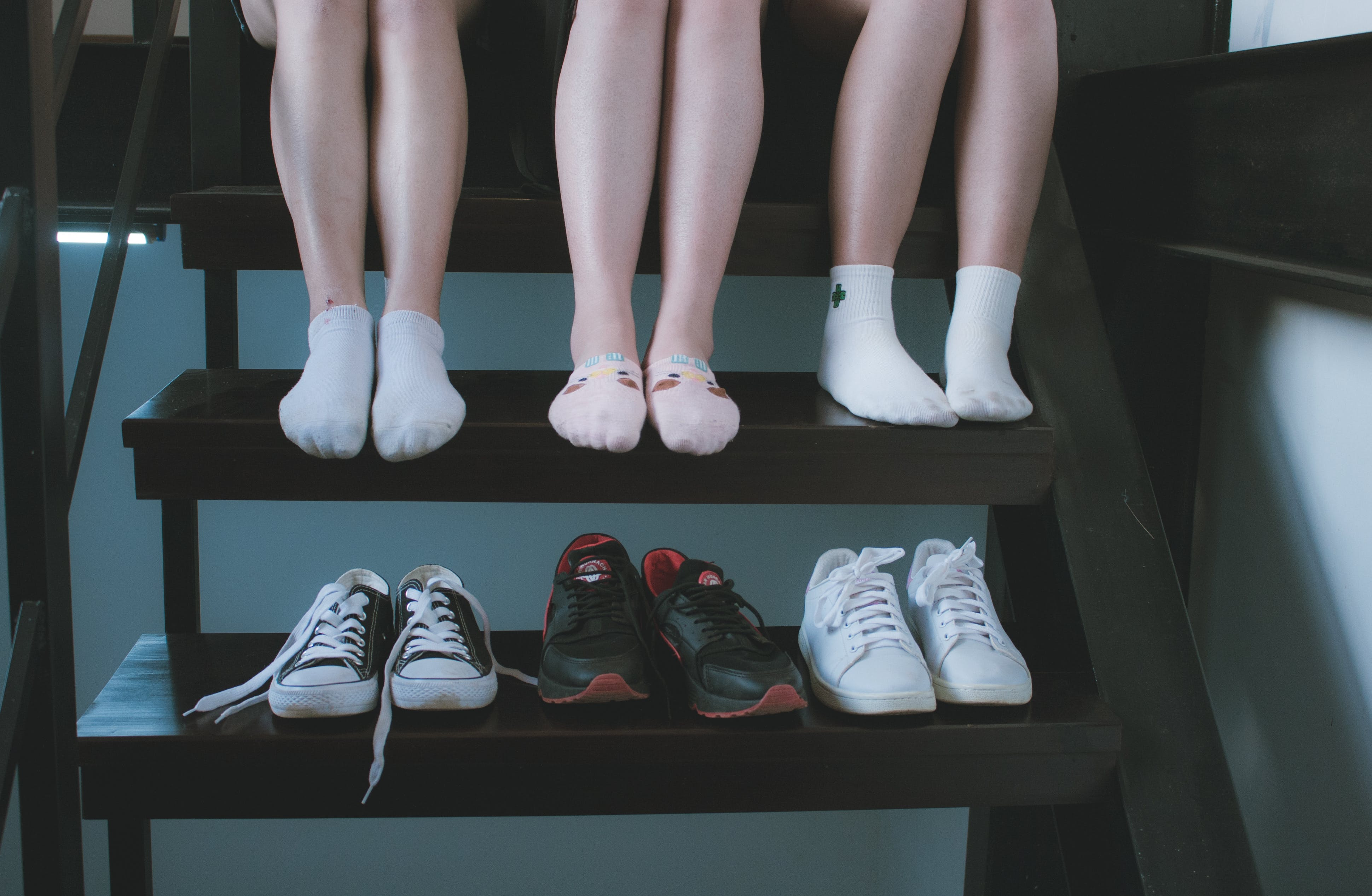 Fotos de stock gratuitas de adulto, calzado, gente, patas