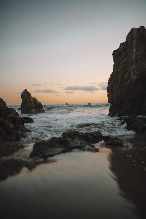 Безкоштовне стокове фото на тему «берег моря, вечір, відображення»