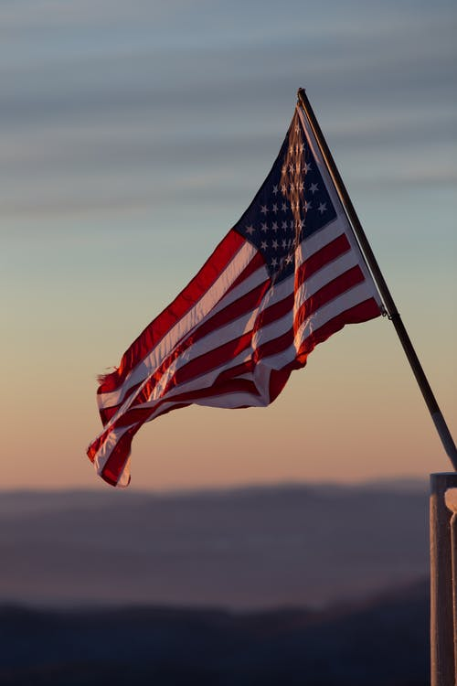 Základová fotografie zdarma na téma Americká vlajka, stožár, USA, vlajkový stožár