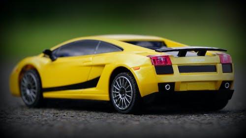 Ảnh lưu trữ miễn phí về bánh xe, Lamborghini, màu vàng, mô hình