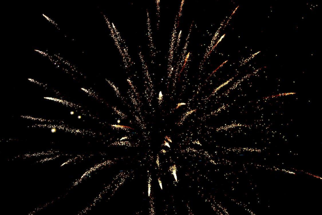 artificii, foc de artificii, focuri de artificii