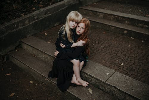 Fotobanka sbezplatnými fotkami na tému blond vlasy, dieťa, dievčatá