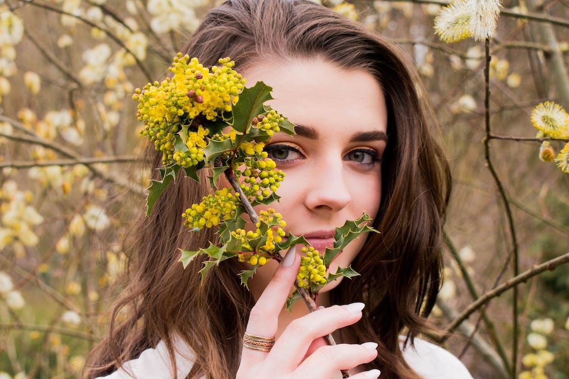 꽃, 나무, 소녀