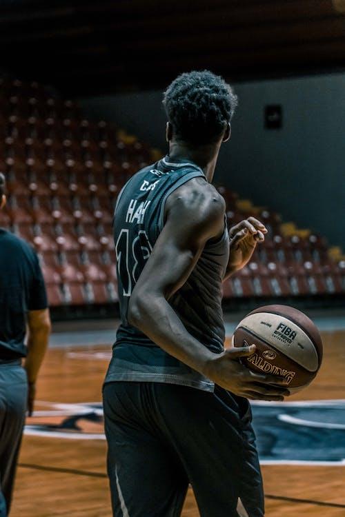 баскетбол, баскетболист, в помещении
