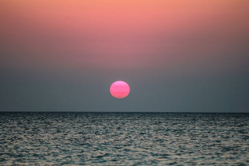 Ozeanwasser Während Des Sonnenuntergangs