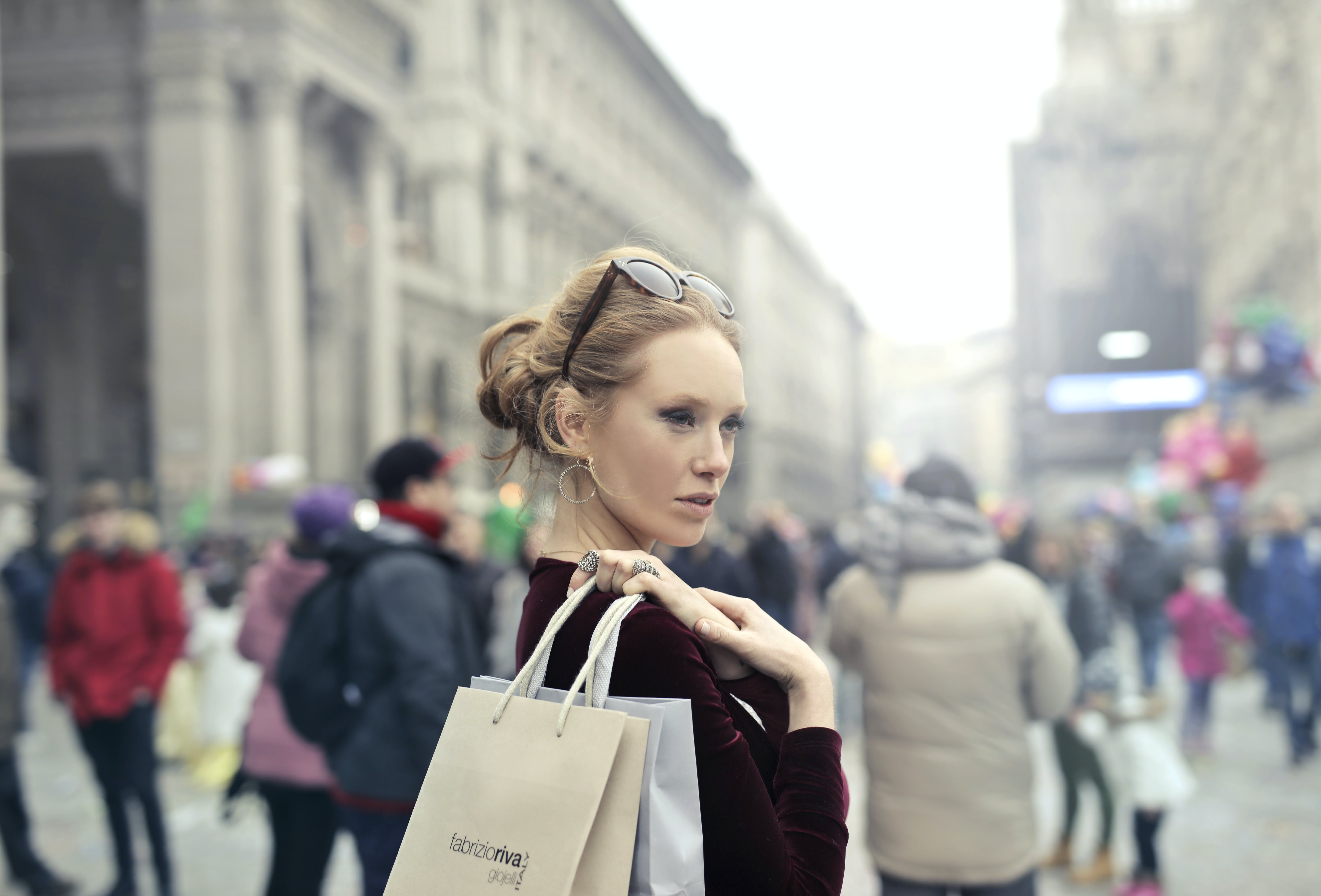 Ingyenes stockfotó árukészlet, bevásárlás, bevásárló táska, bevásárlótáskák témában