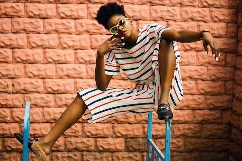 Kostnadsfri bild av afrikansk amerikan kvinna, flicka, ha på sig, kvinna