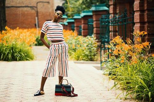 Бесплатное стоковое фото с афро-американка, девочка, дневное время, женская модная одежда