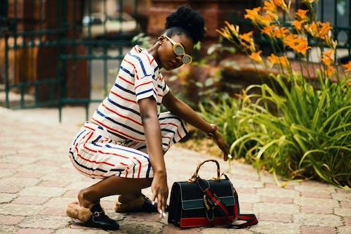 Kostnadsfri bild av afrikansk amerikan kvinna, anläggning, dagtid, flicka