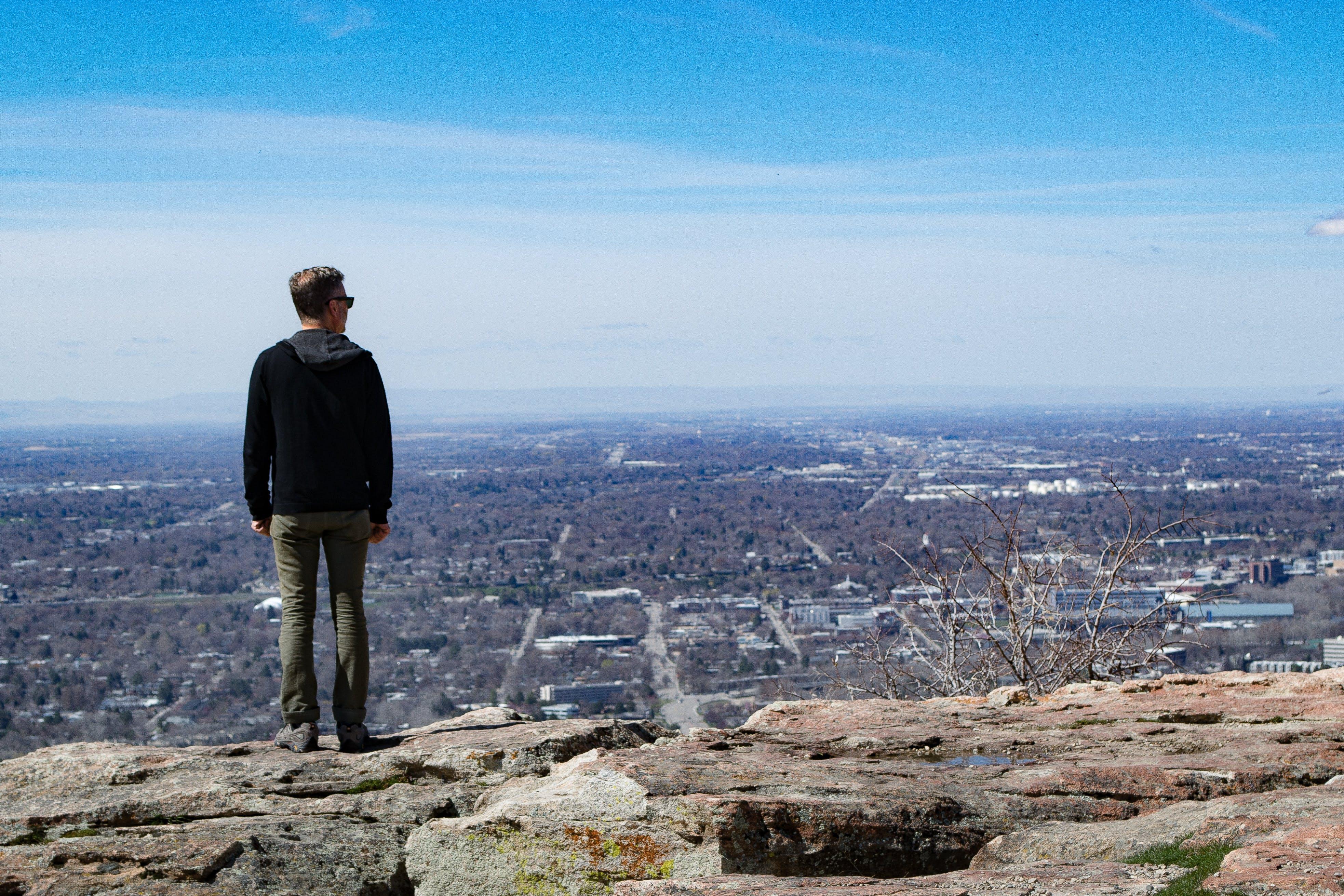 Gratis lagerfoto af bjerg, dagslys, himmel, klippe