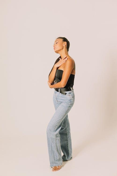 Бесплатное стоковое фото с брюки, Взрослый, гламур
