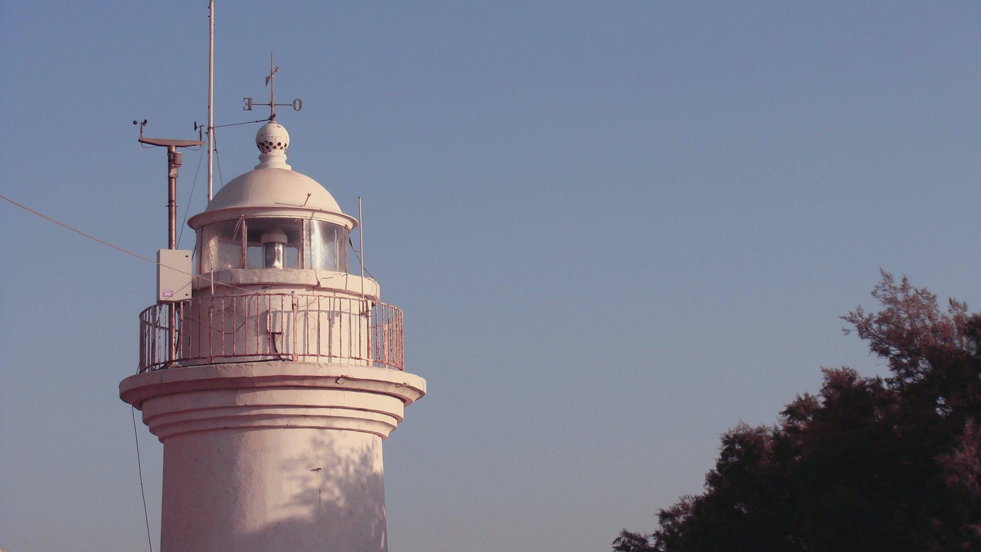 Kostenloses Stock Foto zu abend, himmel, leuchtturm, meer