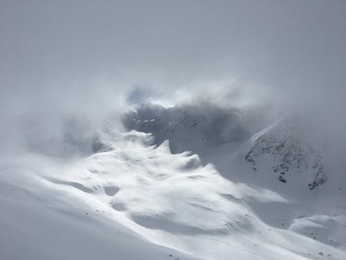 Безкоштовне стокове фото на тему «гора, Денне світло, застуда, зима»