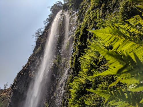 Δωρεάν στοκ φωτογραφιών με βουνό, καταρράκτες, νερό, ομίχλη