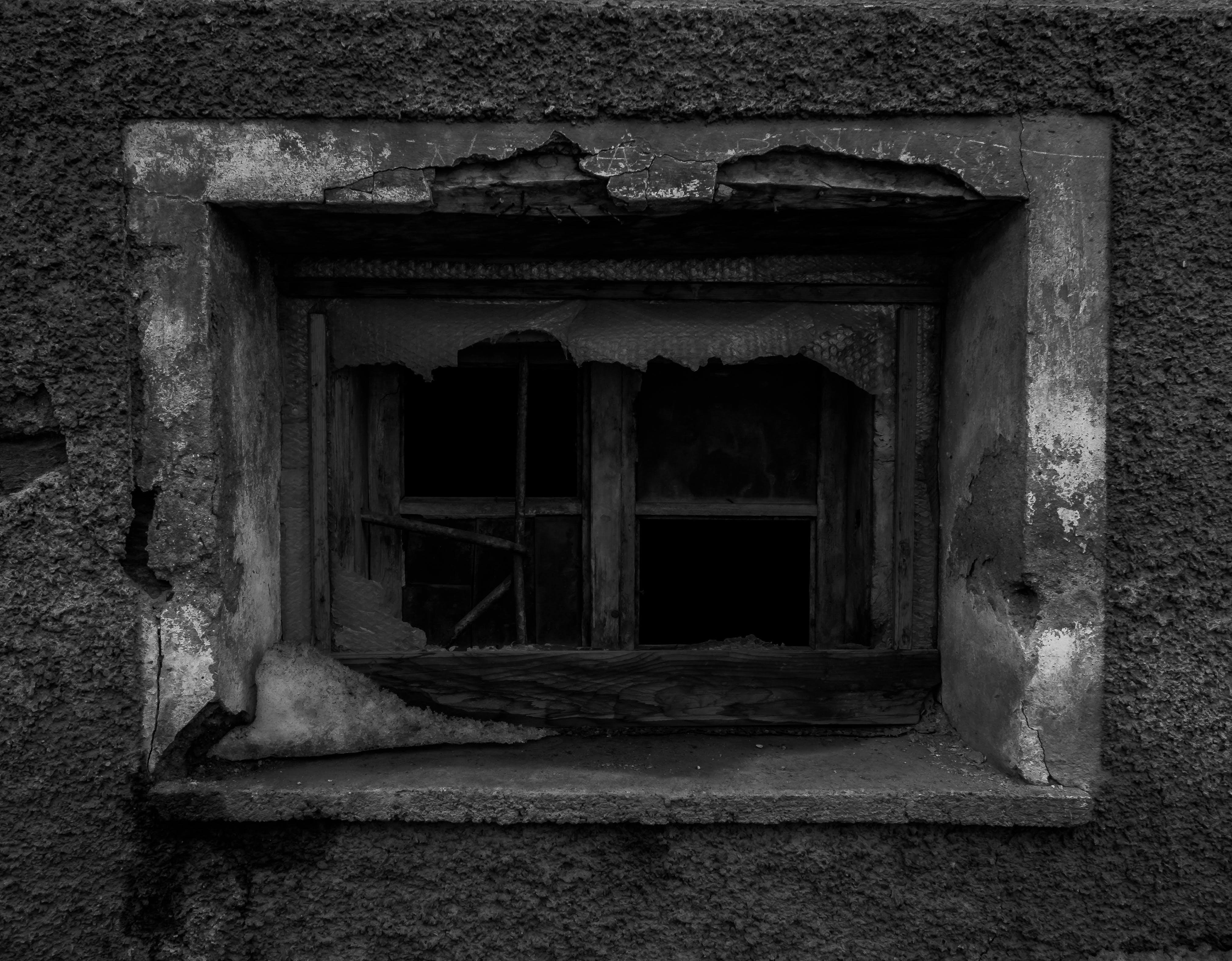 Kostenloses Stock Foto zu kaputt, schwarz und weiß, verlassen