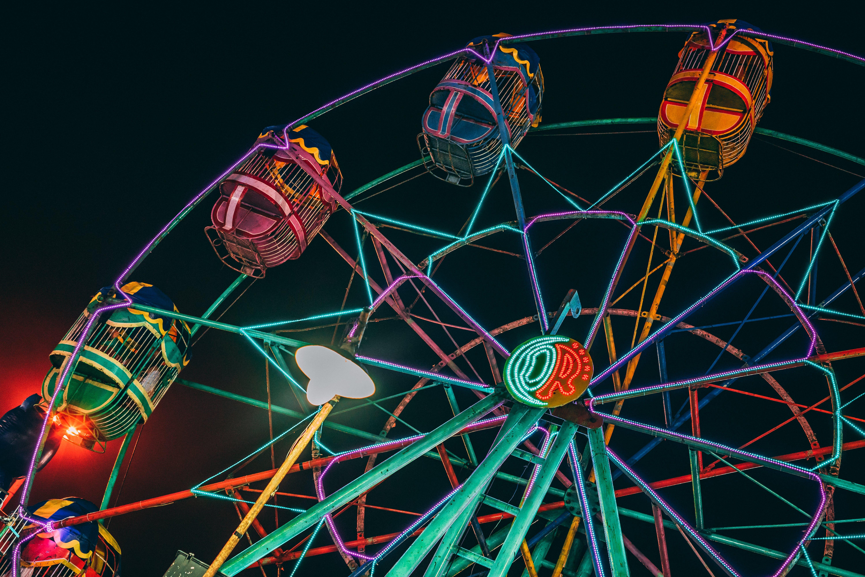 Ingyenes stockfotó alacsony szögű felvétel, fények, fesztivál, megvilágított témában