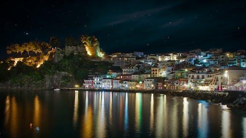 反射, 和平的, 在海邊, 城市 的 免费素材照片