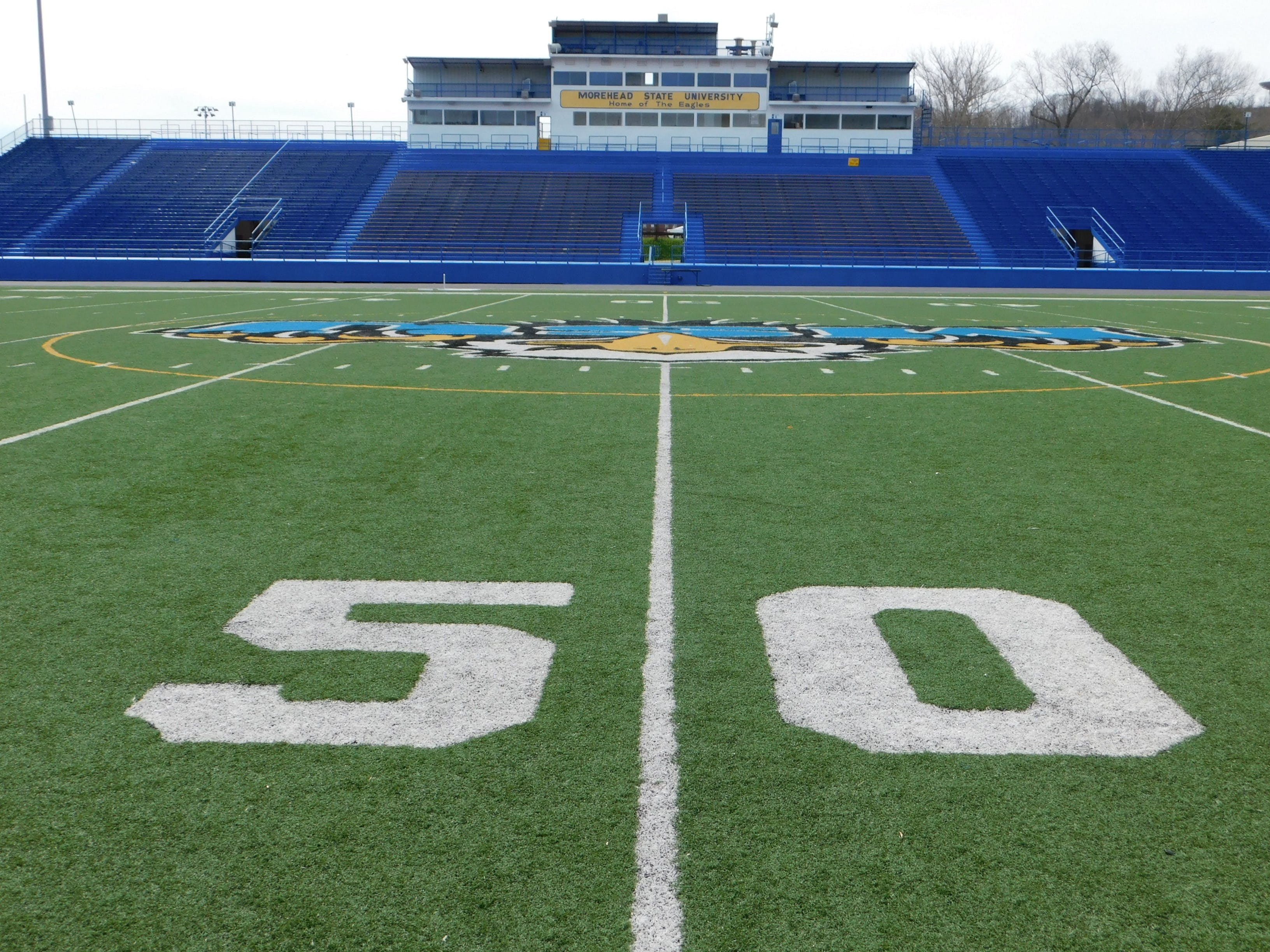 Free stock photo of 50 yard line, American football, athletic field, football stadium