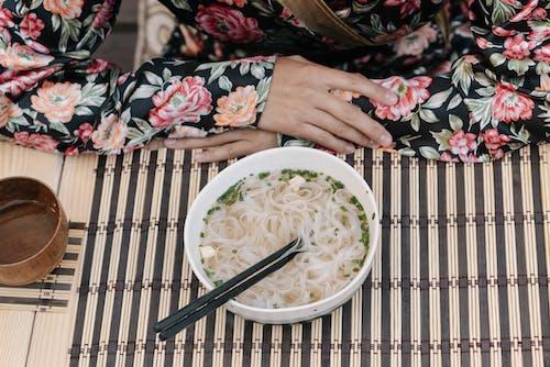 Ingyenes stockfotó asztal, bambusz, ebéd témában
