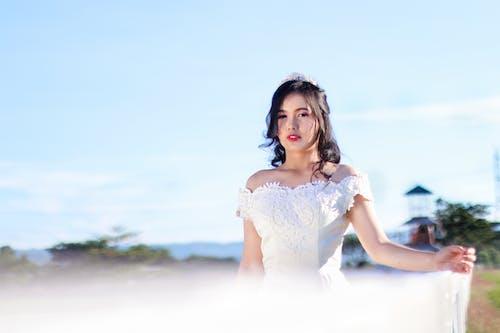 Gratis stockfoto met bruid, iemand, jurk, mevrouw