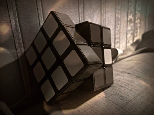 Free stock photo of dark, puzzle, rubik's cube