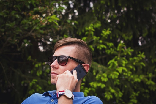 Free stock photo of man, person, sunglasses, hand