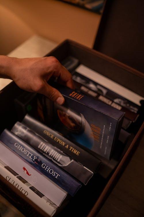 Fotos de stock gratuitas de analógico, caja, cubierta