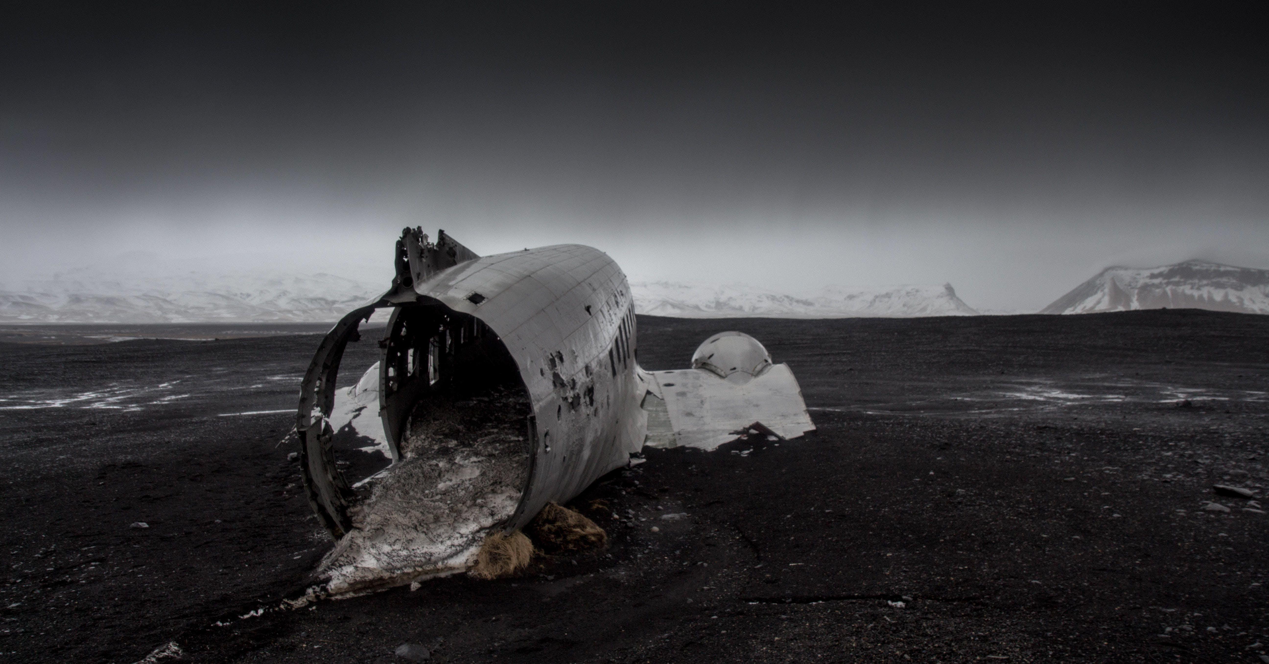 avió, destruït, naufragi