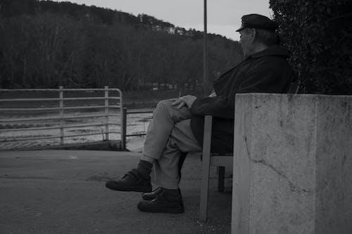Ilmainen kuvapankkikuva tunnisteilla katsominen, vanha mies, vesi