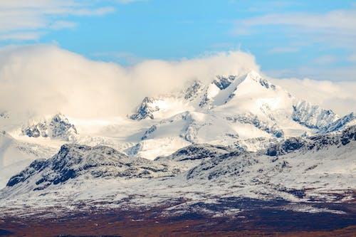 Gratis stockfoto met bergen, bergtop, besneeuwd