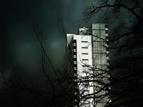 Fotobanka sbezplatnými fotkami na tému budova, krajina, ľahký, malebný