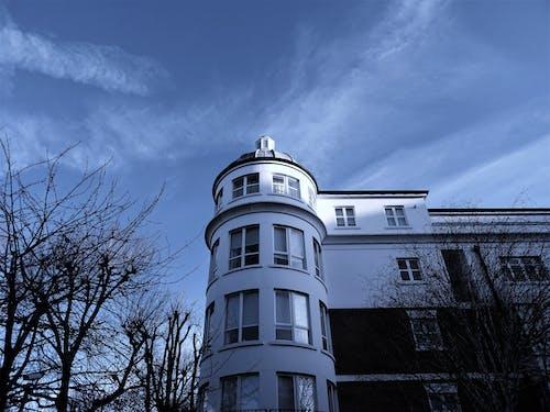 Ảnh lưu trữ miễn phí về ánh sáng ban ngày, ban ngày, bầu trời, biệt thự