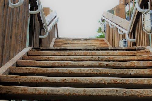 Fotobanka sbezplatnými fotkami na tému schodisko, schody