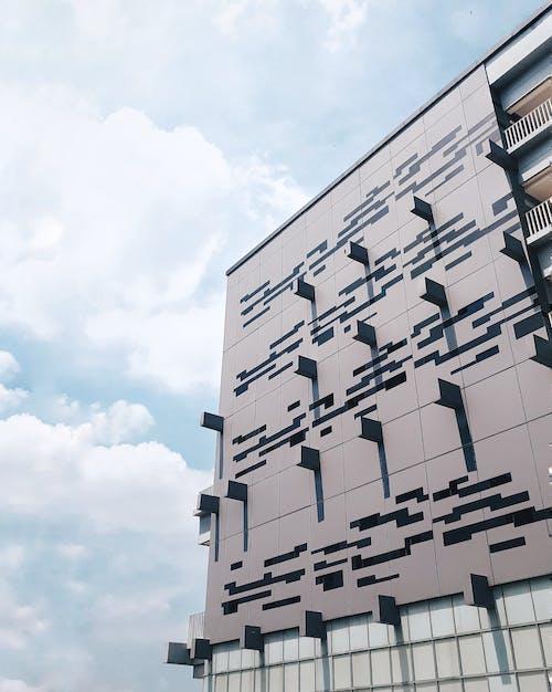 Безкоштовне стокове фото на тему «outdoorchallenge, архітектура, балкон»