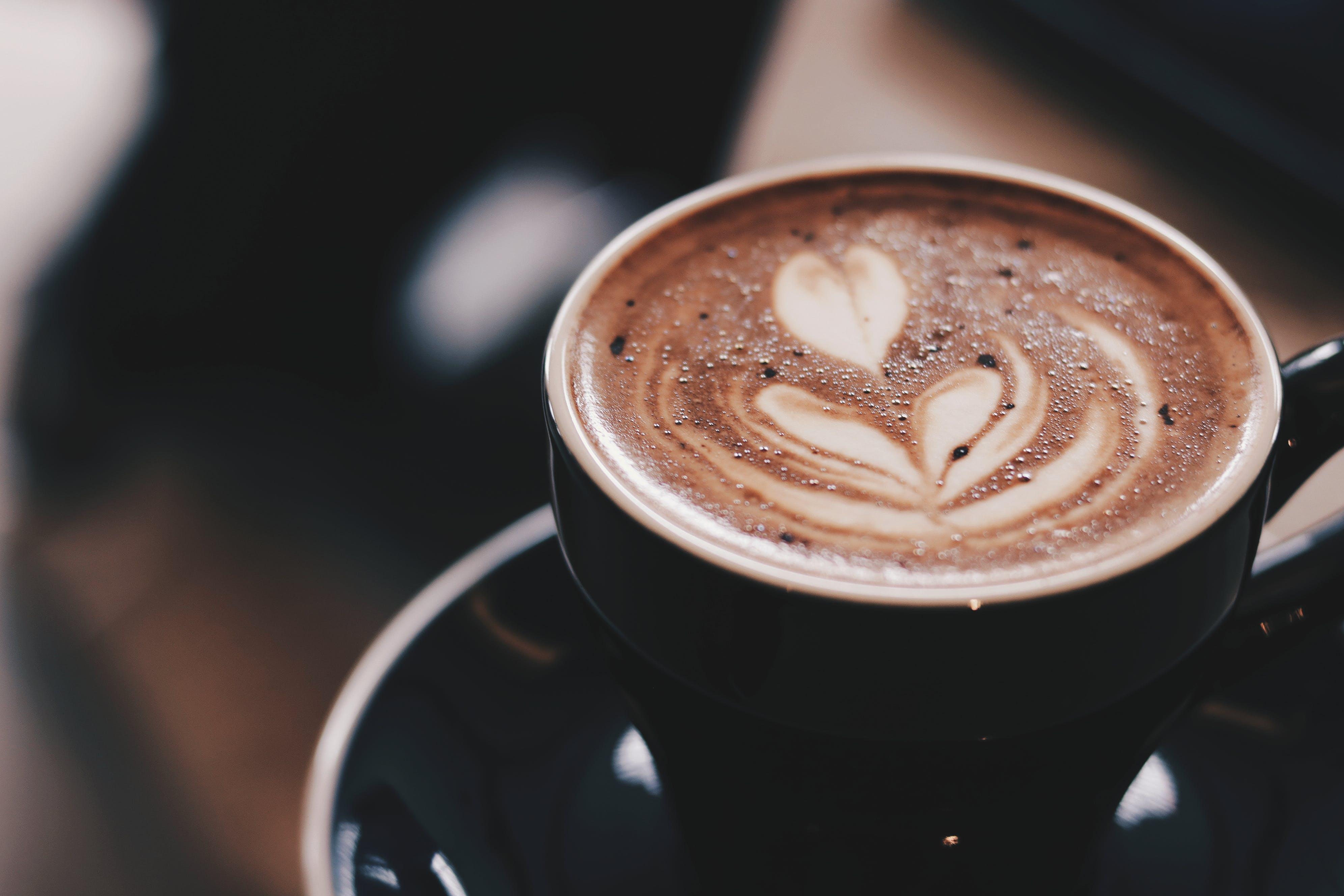 Kostenloses Stock Foto zu dämmerung, liebe, kunst, koffein